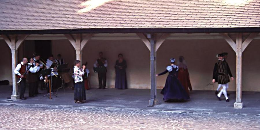 Renaissance music and dance performance